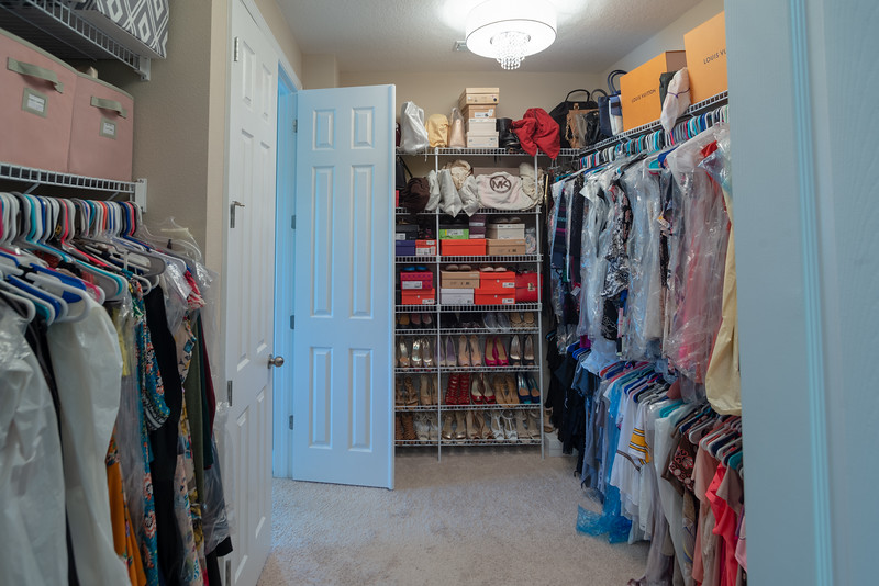 54-closet.jpg