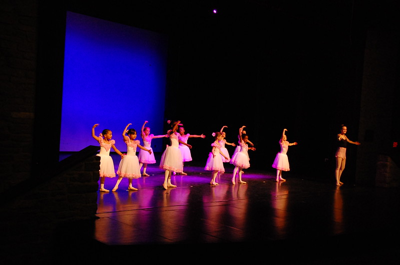 2013_04_28_DanceRecital-08.JPG