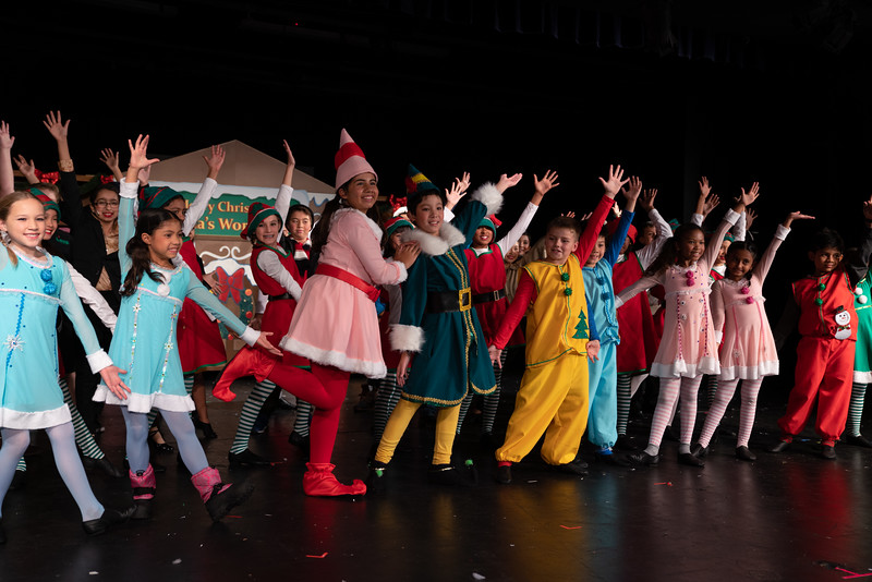LEAP_elf-jr-dress-rehearsal-178.jpg