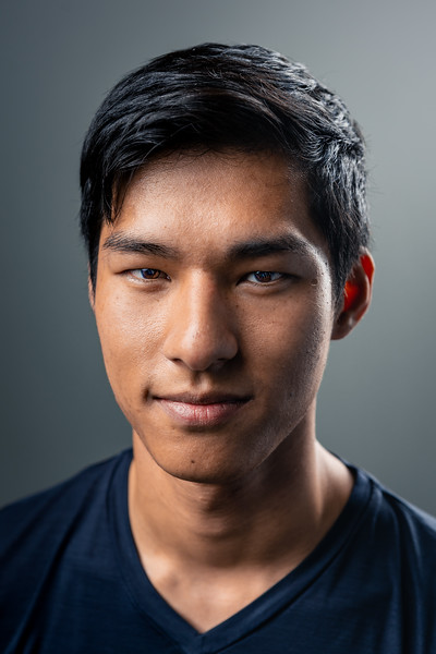 Steven's Most Edited Headshot June 2019-02244.jpg