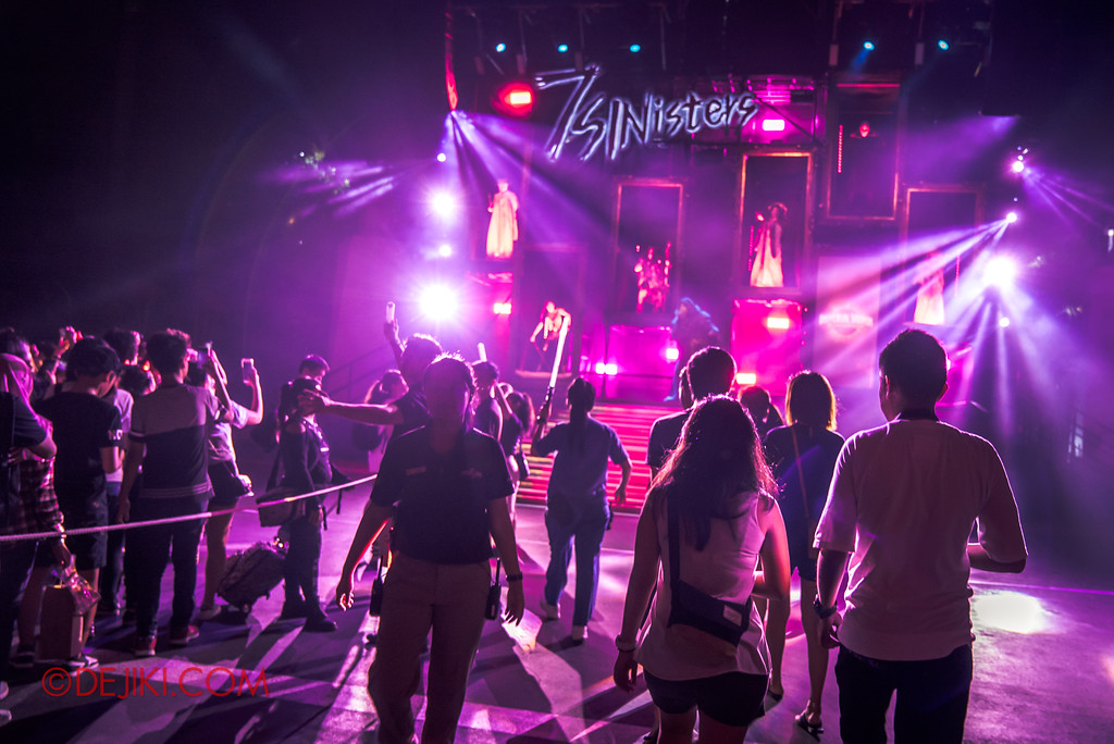 Halloween Horror Nights 7 Singapore - RIP Tour Review / No stress after the rope drop