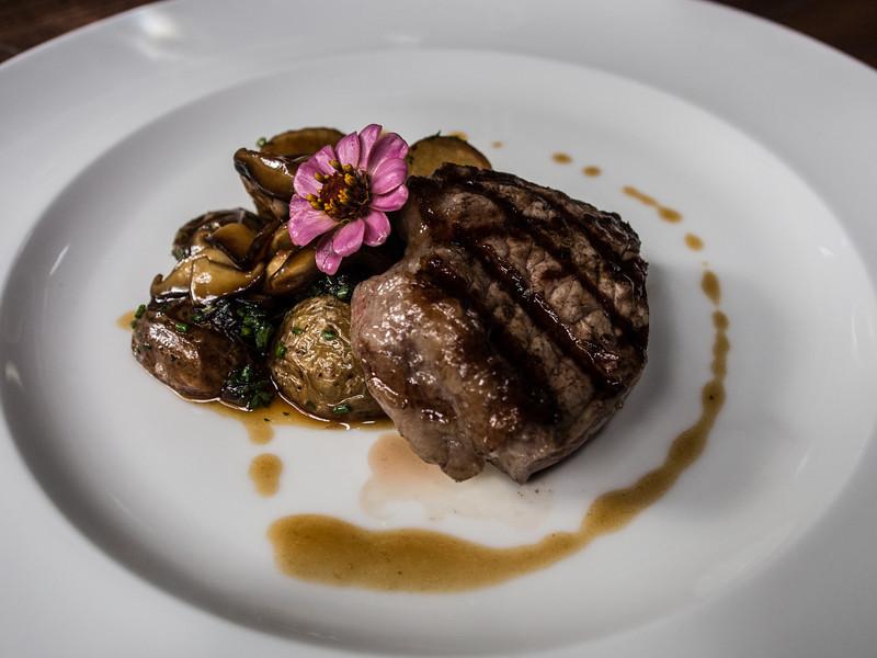 sao paulo bodega steak.jpg