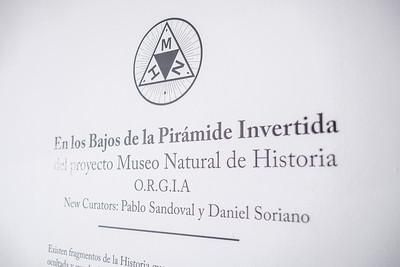 En los Bajos de la Piramide Invertida