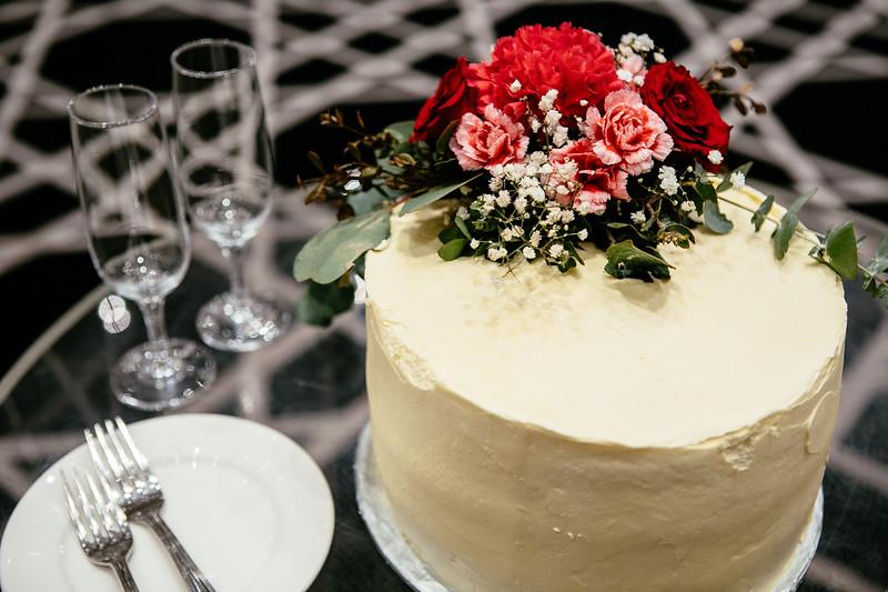 5. RECEPTION + CAKE CUTTING_104.jpg