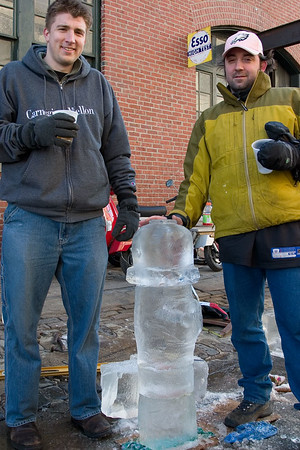 Ice Carving Idiots