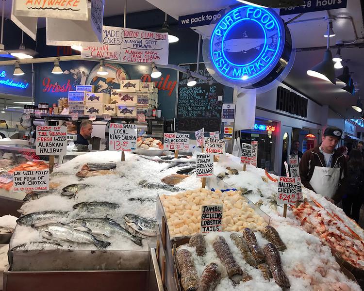 Pike Place Market 01.jpg