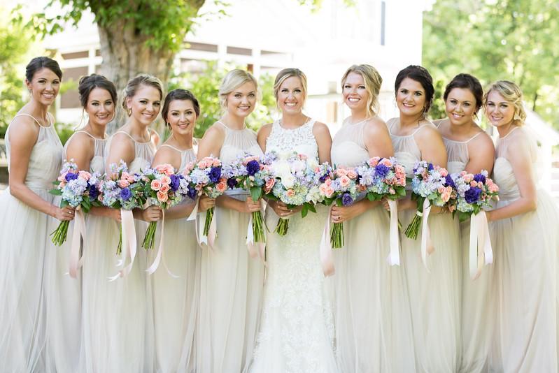 bridesmaids-daras-garden.jpg