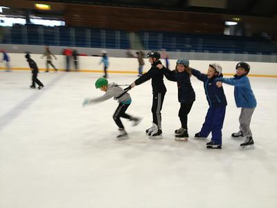 Skøyter med Junior- og Ungdomsgruppen