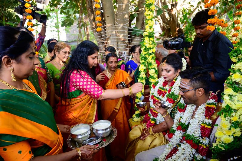 2019-12-Ganesh+Supriya-5512.jpg