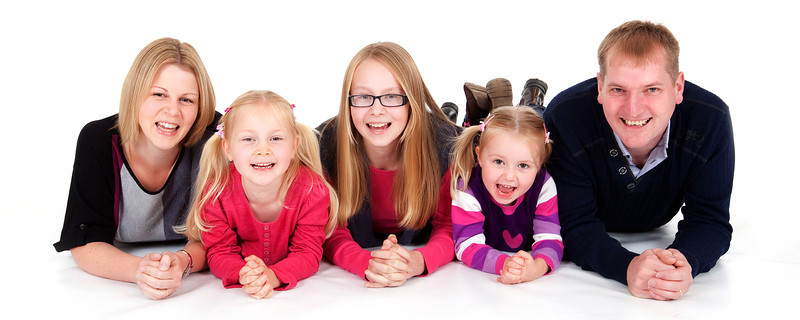 relaxed_family_portraiture_parris_photography.jpg