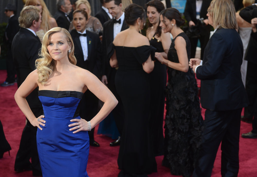 Description of . Reese Witherspoon arrives at the 85th Academy Awards at the Dolby Theatre in Los Angeles, California on Sunday Feb. 24, 2013 ( Hans Gutknecht, staff photographer)