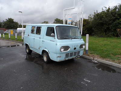 Early 61 Econoline in England
