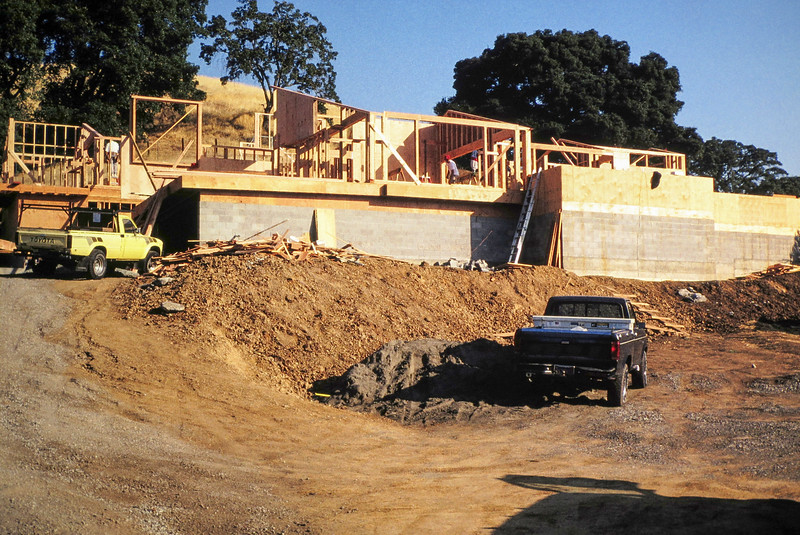 1991-1992 Building 111 Vaca Creek Way-14.jpg