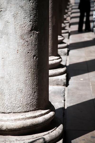 Columnas del Mercado de la Boquería, Barcelona