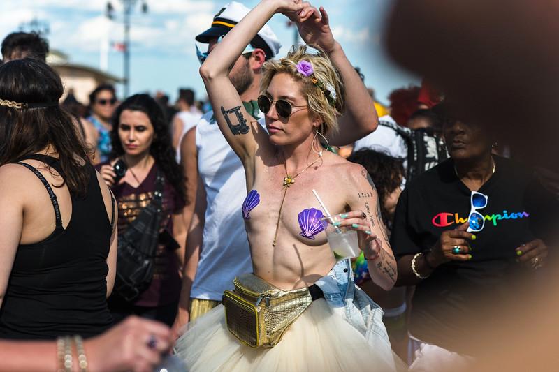 2019-06-22_Mermaid_Parade_0933.jpg