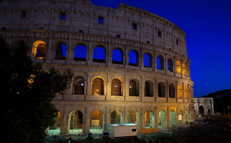 AITALY 2015,11 147A, SMALL, Colusseum at night, Rome.jpg