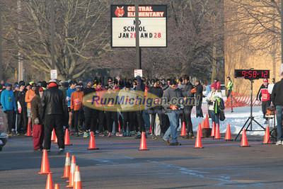 10K & 5K Start - 2013 Snowflake Run/Walk