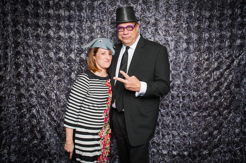 Lynn + Nancy Photobooth-269.jpg