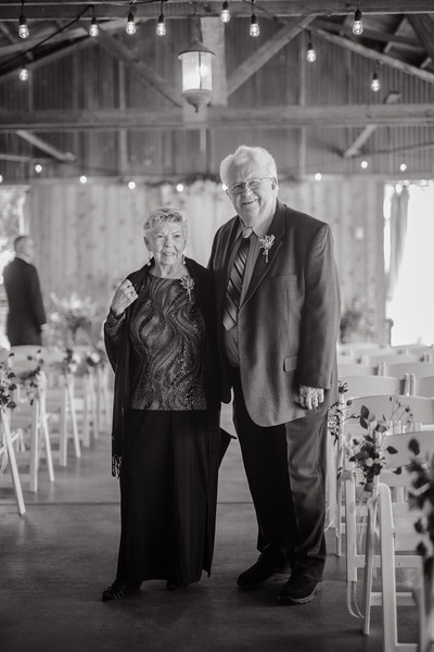 Seattle Wedding Photographer-658.jpg