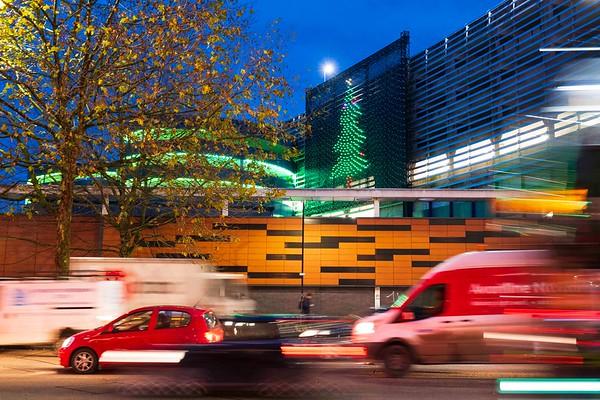 3/12/20 - Vodafone - Giant Christmas Light Up