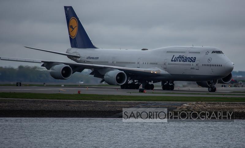 Lufthansa 747-8