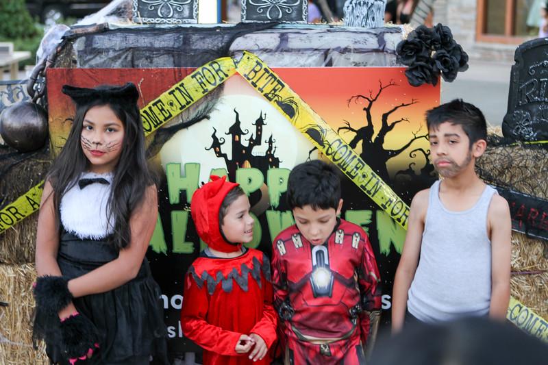 20151031 Dos Lagos - Halloween 2015-0119.jpg