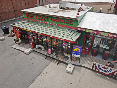 Red Light Garage