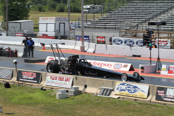 Top Alcohol Dragster Action