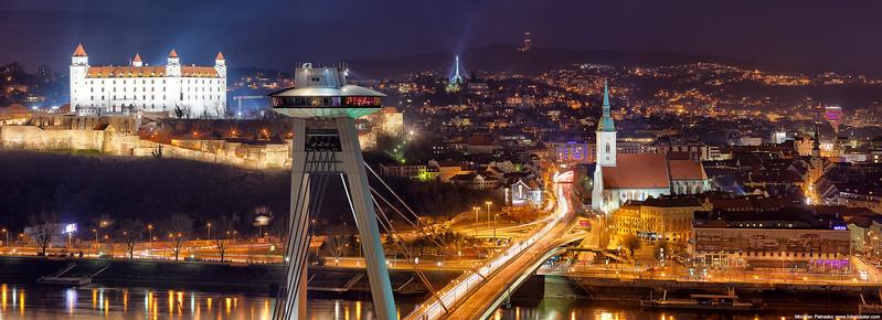 Bratislava-IMG_6385-web-pano.jpg