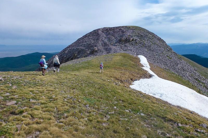 Bump on way to Latir Peak