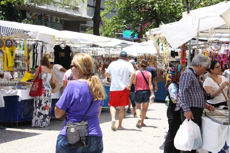 Sunday hippy market in Ipanema
