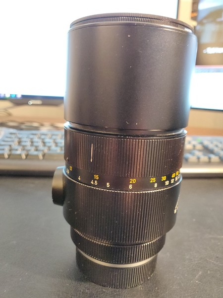 Leica R 180mm 2.8 Elmarit-R I - Serial 2249304 004.jpg