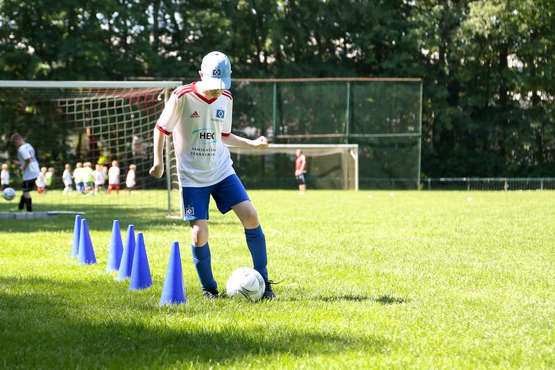 hsv_fussballschule-331_48048034812_o.jpg