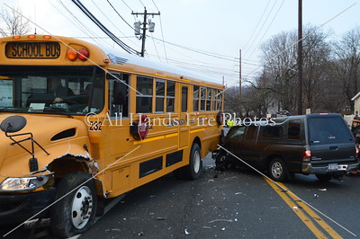 20140320 - Oyster Bay - School Bus Accident
