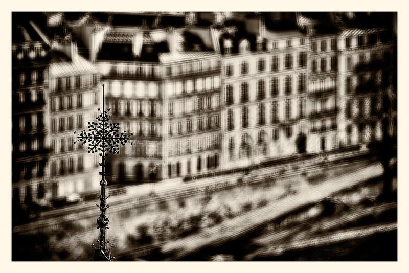 Notre-Dame_20150219_0259!B-B&W.jpg