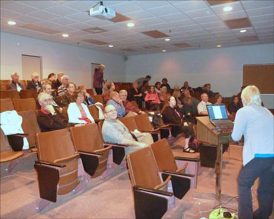 WWCC-1st-meeting_100412_lores3.jpg