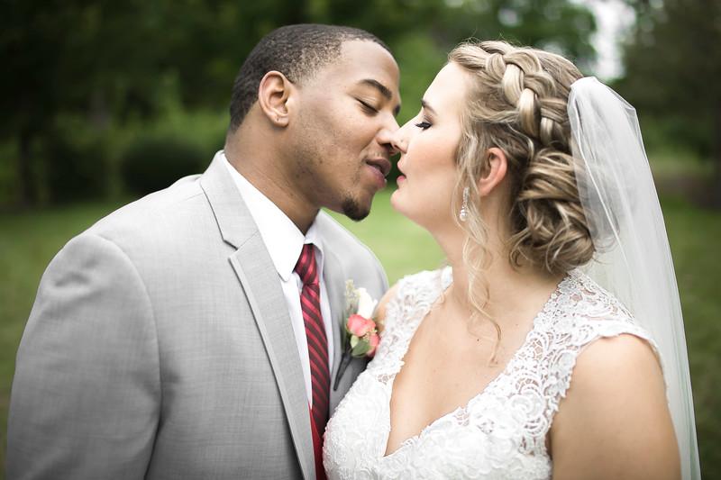 Laura & AJ Wedding (0422).jpg