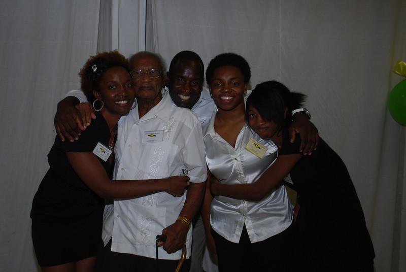Johnson's Family Reunion 2012_0417.jpg
