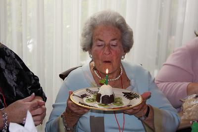 Mom's Birthday Party 12/10/2008