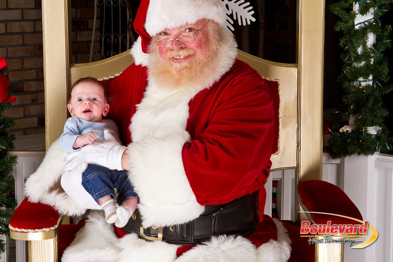 Santa Dec 8-300.jpg