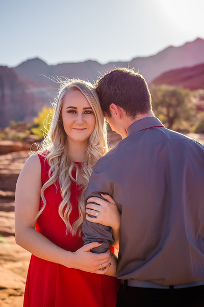 Sunday_Stills-Jacob_and_Bailey-Engagements-0186-Edit.jpg