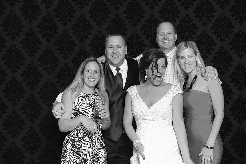 NinaLilyPhotography_Harvey_PhotoBooth274.jpg