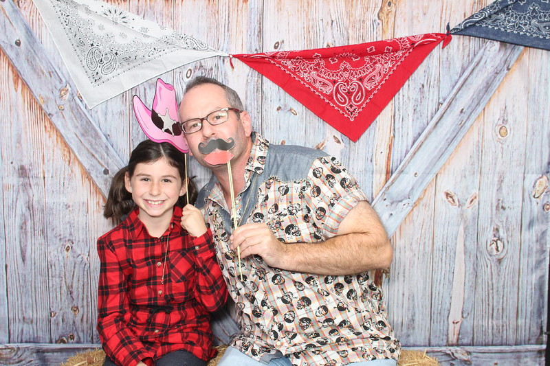 Round_Meadow_Father_Daughter_Dance_2017_Individuals_ (48).JPG