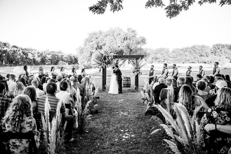 KaylaDusten-Wedding-0419-2.jpg