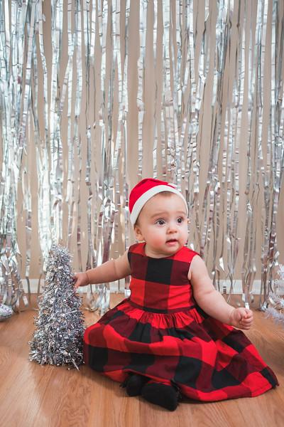 Aubreys1stchristmas-16.jpg