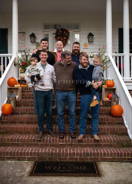 2019 November Ellis Family-218-153.jpg