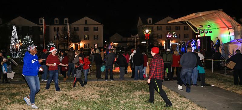 2014 Dec - Harrisburg Christmas Tree Lighting-0253.jpg
