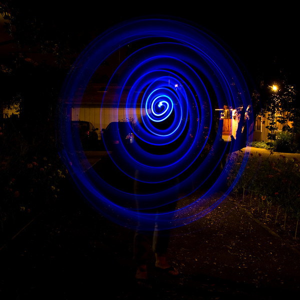 Spiral light painting with Jennifer and James