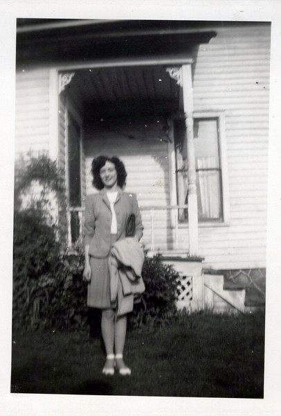 1942 Vivian Konyha.jpeg