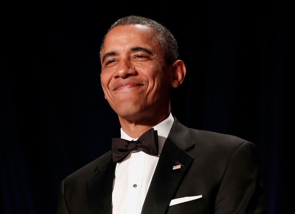. U.S. President Barack Obama smiles during the White House Correspondents\' Association Dinner in Washington April  27, 2013.   REUTERS/Kevin Lamarque